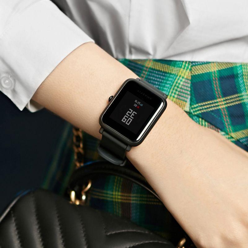 I migliori smartwatch sportivi economici e fitness tracker da donna - Amazfit Bip Lite Xiaomi